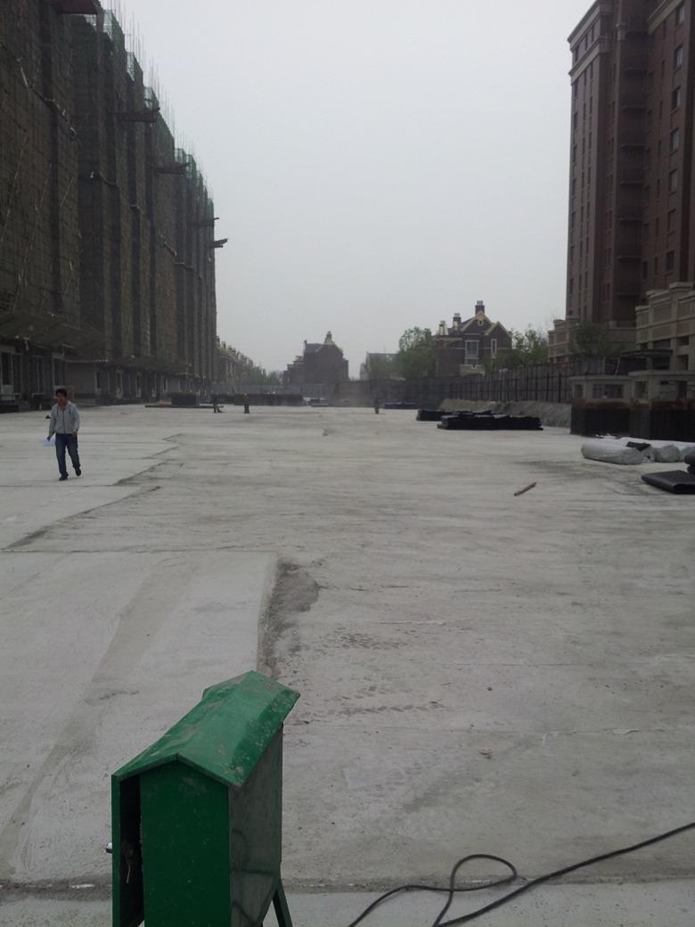 西藏草石隔离带新闻--生产天门