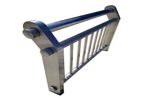 蚌埠不銹鋼復合管隔離護欄免費提供樣品