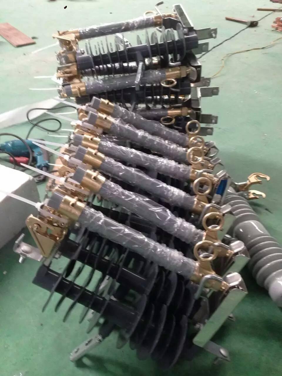 高压熔丝\10KV/15A HRW4-10/100带盖 快熔-选型