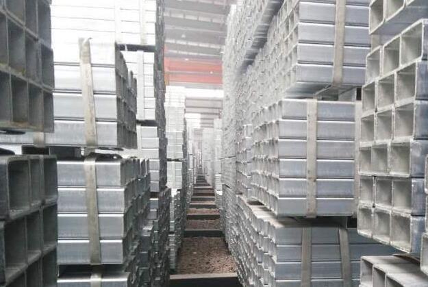 胶州130X130X6镀锌方管~电厂用Q345B方管喷砂打孔
