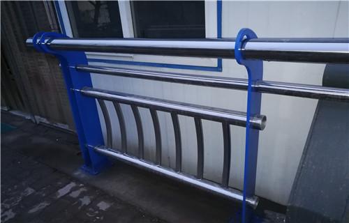 日喀则201不锈钢复合管栏杆一支多少钱