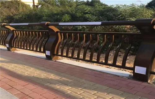 新闻:漳州道路防撞栏杆多种规格任你选