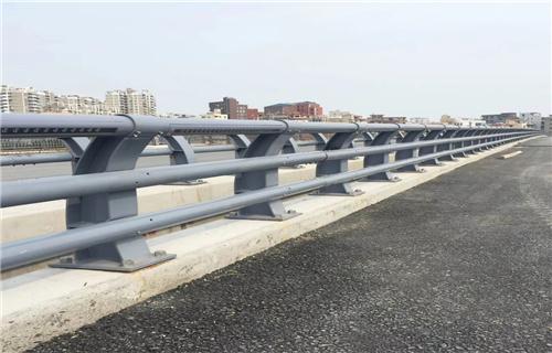 热销:漳州碳钢喷塑护栏生产工艺