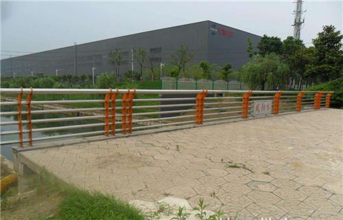 遵义桥梁护栏专业生产