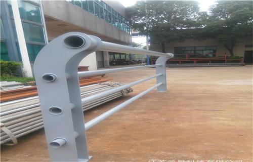 玉树201不锈钢复合管护栏产品规格型号齐全