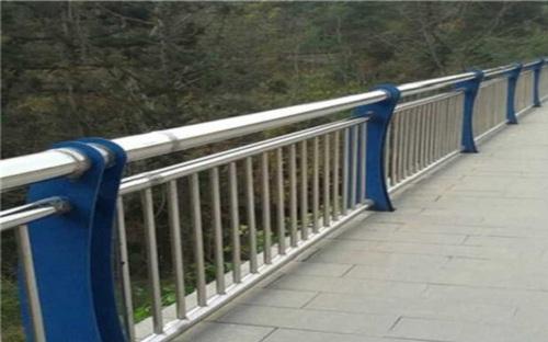 汉中304不锈钢复合管护栏按需定制可定做