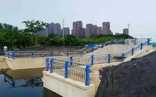 泸州不锈钢复合管护栏量大优惠可定做