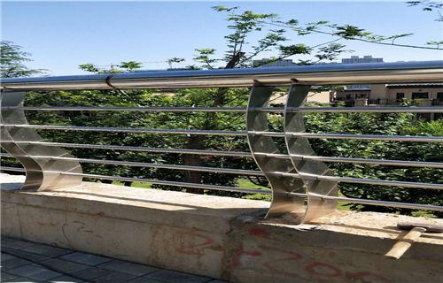 淮南不锈钢复合管栏杆公司地址