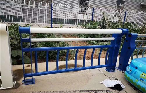 汕尾不锈钢复合管道路护栏销量