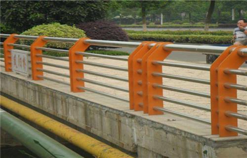 怀化Q235材质钢板立柱量大价廉