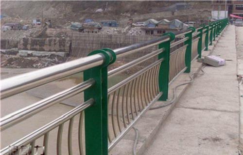 杭州外复不锈钢复合管护栏上等质量