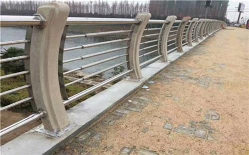 温州不锈钢复合管桥梁护栏厂家发货