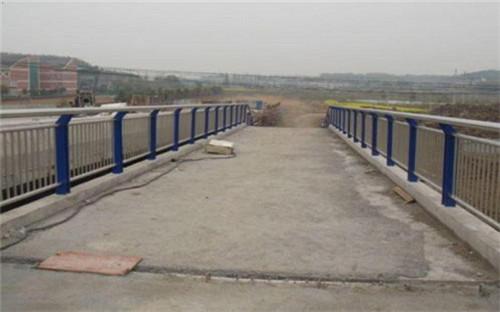 宁波不锈钢复合管护栏底座/配件优级质量
