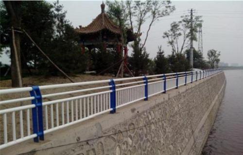 郴州不锈钢、碳素钢复合管护栏声名远扬