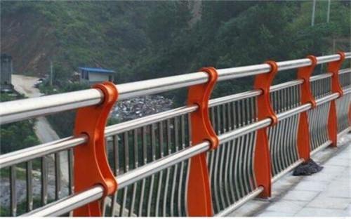 海东不锈钢复合管桥梁护栏报价询问