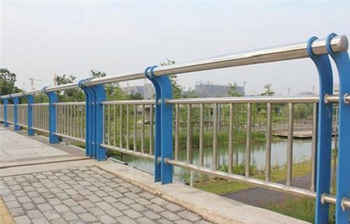 白银不锈钢河道护栏供应厂家