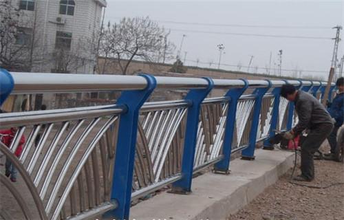 宁夏不锈钢复合管河道观光护栏谁家评价好哪家质量好