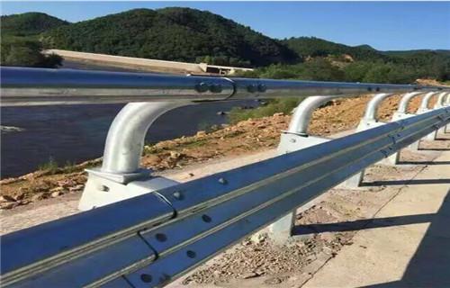 吕梁201不锈钢复合管桥梁护栏上等质量定做