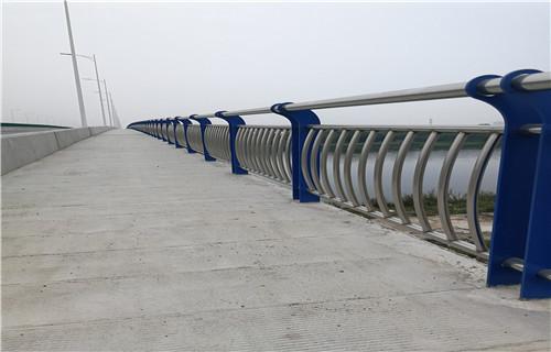临沧304不锈钢复合管桥梁护栏厂家地址批发厂商