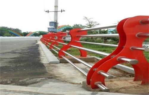 山西不锈钢复合管河道护栏价格公道质量过硬
