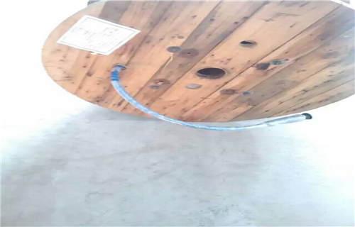 安康五芯矿用拉力电缆带插头产品介绍