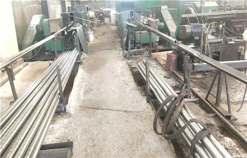 西藏12Cr1MoVG石油裂化无缝钢管生产厂家多少钱一吨长丰钢管