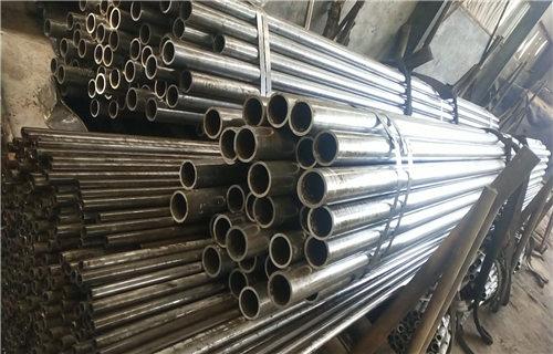 西宁Q345B石油裂化无缝钢管生产厂家来电加工定做长丰钢管