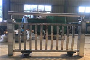 邢台不锈钢碳素钢桥梁护栏一米起订