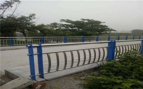 银川不锈钢桥梁栏杆包安装