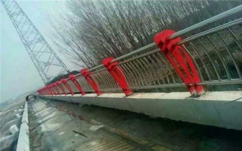 乌鲁木齐不锈钢复合管桥梁栏杆现货直发