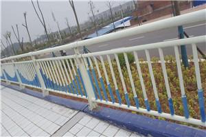 安康道路不锈钢复合管栏杆厂家地址