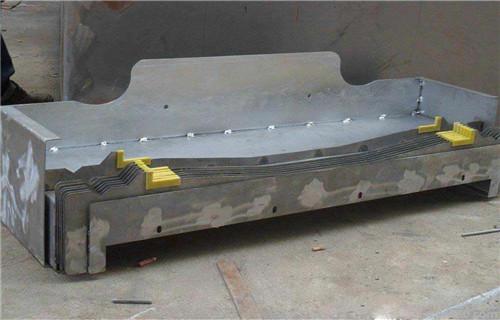 长沙台湾永进NCV102AM机床原厂原装伸缩式护罩材质