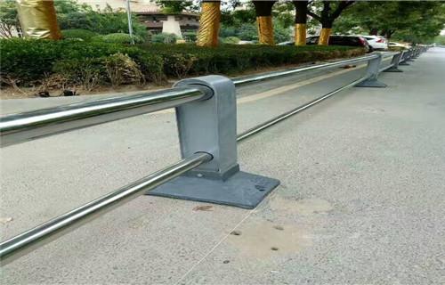 安徽不锈钢复合管桥梁护栏来图生产