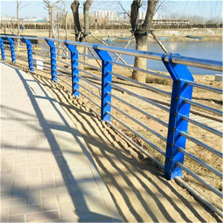 张家界桥梁防撞复合管人行道栏杆价格绝对出厂