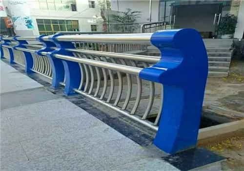 福建不锈钢复合管栏杆价格低