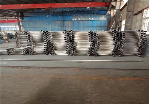 蚌埠不銹鋼復合管道路護欄生產安裝廠家