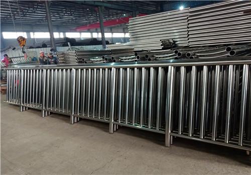 蚌埠不銹鋼復合管道路欄桿全國報價