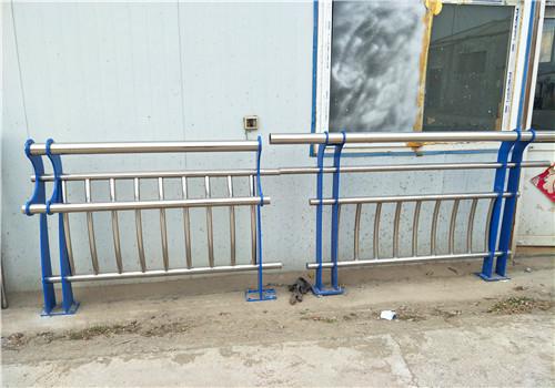201不锈钢复合管栏杆厂家发货