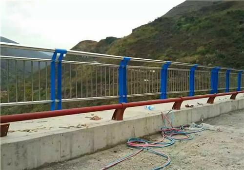 蚌埠橋梁復合管防撞護欄制作廠家