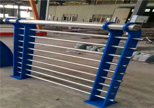 临沂76*3不锈钢复合管栏杆加工厂