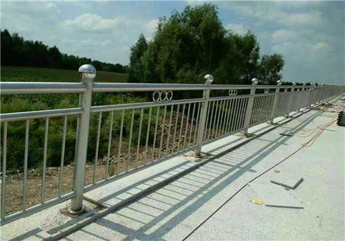 酒泉不锈钢复合管桥梁护栏哪家强