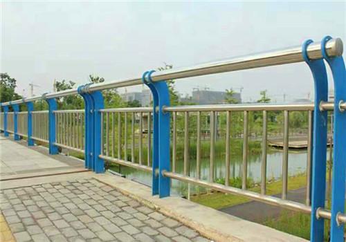 东营防撞碳素钢护栏造型美观