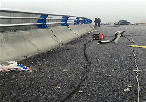 蚌埠道路橋梁防撞護欄價格
