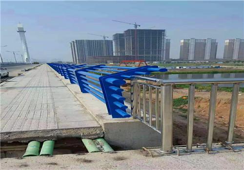 北京304不锈钢复合管护栏价格
