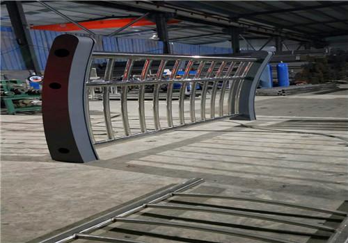 娄底道路复合管栏杆每米价格