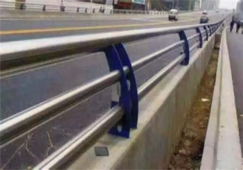 兰州201不锈钢复合管护栏加工