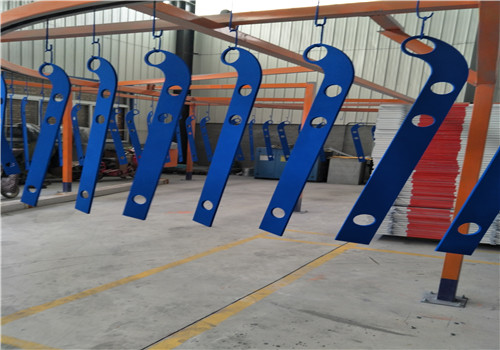 陇南蓝色钢板立柱厂家