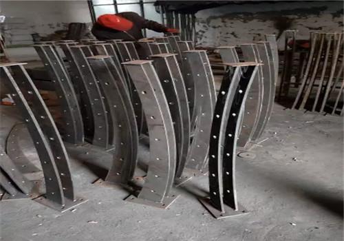 金昌Q235钢板立柱工厂