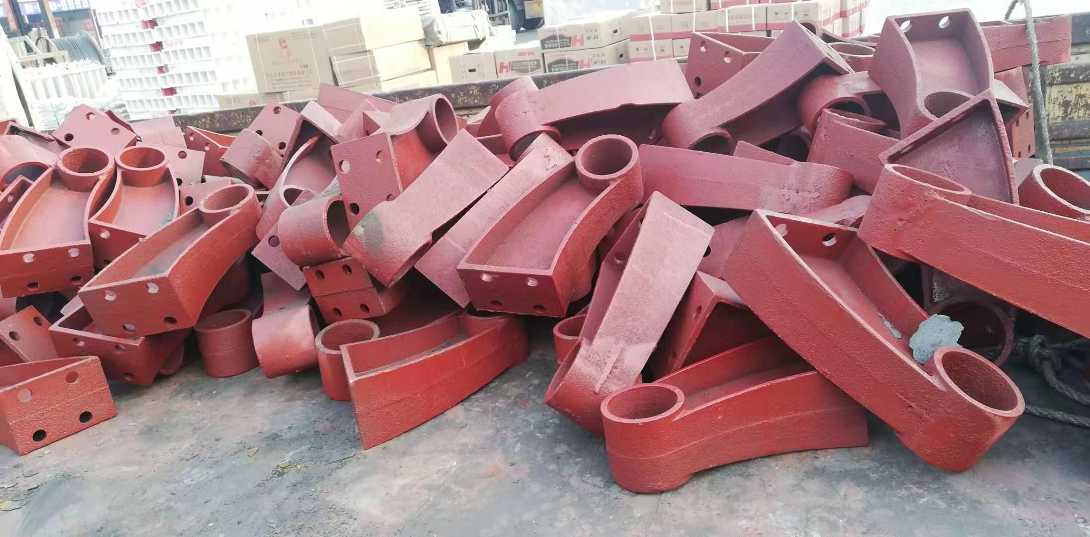 天水牛角铸铁护栏支架近期价格