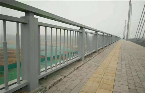 天水Q235钢板立柱生产厂家